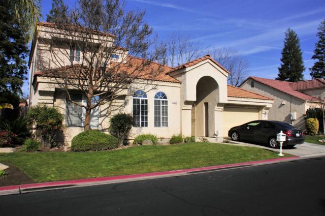 1034 E Manhattan Avenue, Fresno, CA 93720 (#523579) :: Realty Concepts