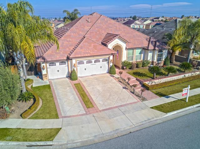 2098 E Royal Dornoch Avenue, Fresno, CA 93730 (#523803) :: Raymer Realty Group