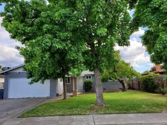 844 W Holland Avenue, Clovis, CA 93612 (#523829) :: Raymer Realty Group