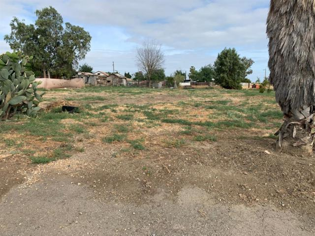 1555 1555 Cordel Avenue, Firebaugh, CA 93622 (#524218) :: Raymer Realty Group