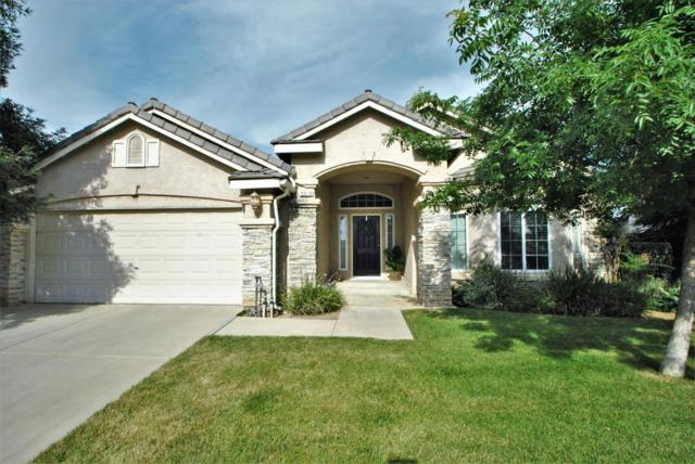 9810 N Winery Avenue, Fresno, CA 93720 (#525016) :: FresYes Realty