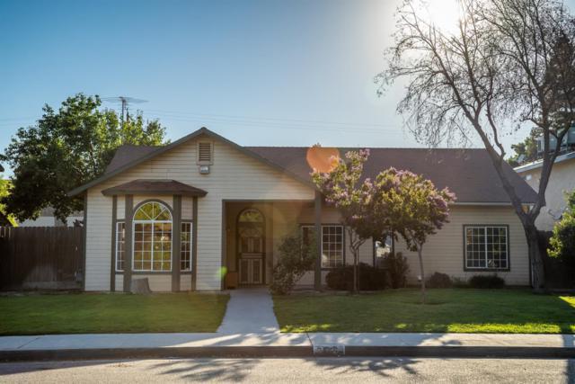 459 S 6th Street, Kerman, CA 93630 (#525160) :: FresYes Realty