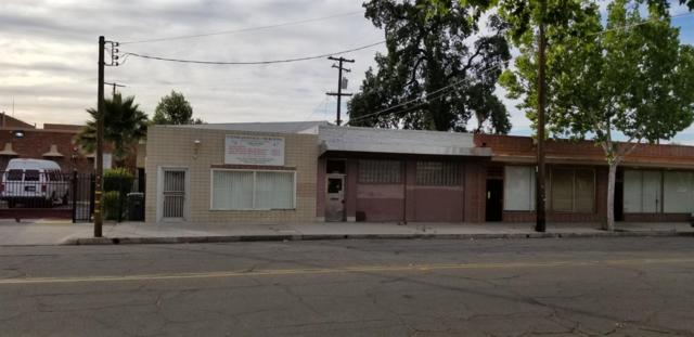 2125 Amador Street, Fresno, CA 93721 (#525171) :: Raymer Realty Group