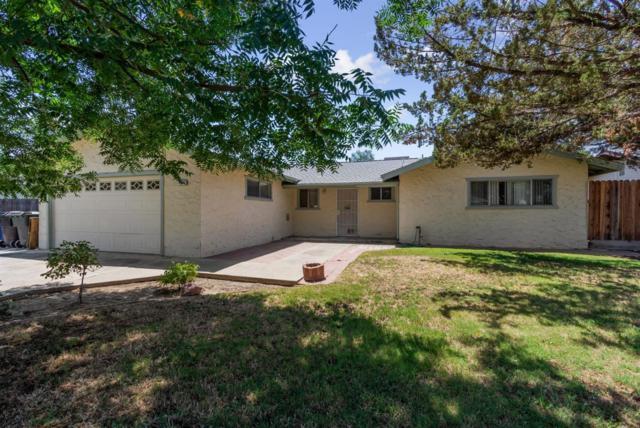 11165 Bonneyview Lane, Hanford, CA 93230 (#525220) :: FresYes Realty