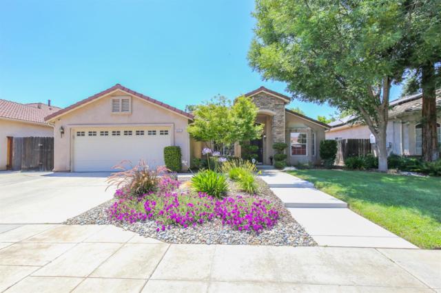 9311 N Dearing Avenue, Fresno, CA 93720 (#525363) :: FresYes Realty