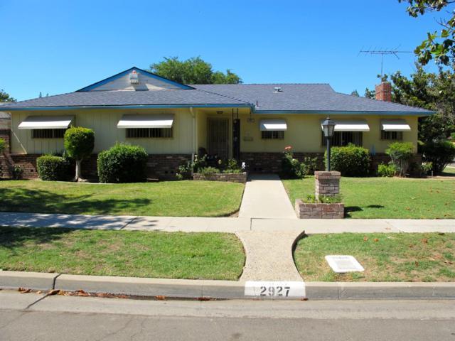 2927 E Donahoo Street, Fresno, CA 93721 (#525379) :: Raymer Realty Group