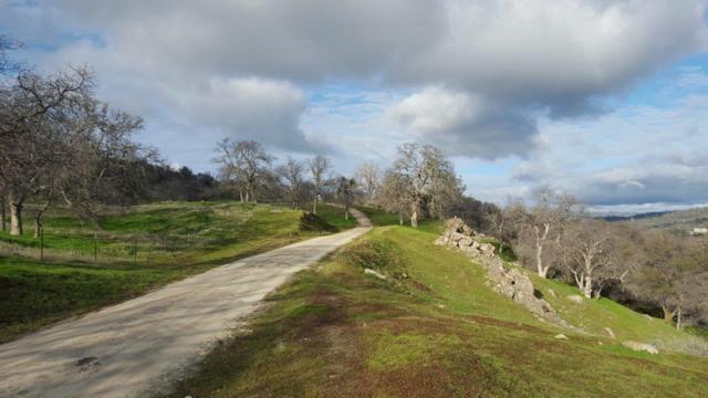 0 Spinecup Ridge, Raymond, CA 93653 (#525426) :: Twiss Realty