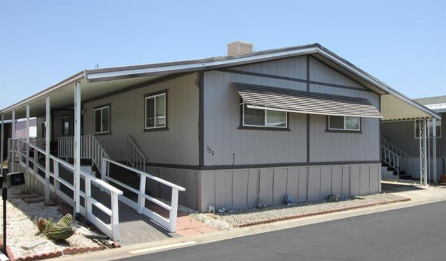 581 N Crawford #131, Dinuba, CA 93618 (#525763) :: Raymer Realty Group