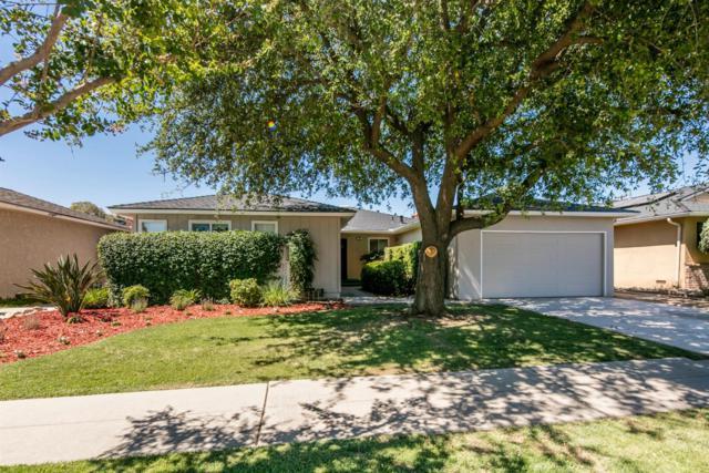 706 E Robinwood Lane, Fresno, CA 93710 (#525977) :: FresYes Realty