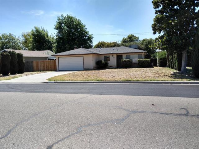 5585 N Millbrook Avenue, Fresno, CA 93710 (#526546) :: FresYes Realty