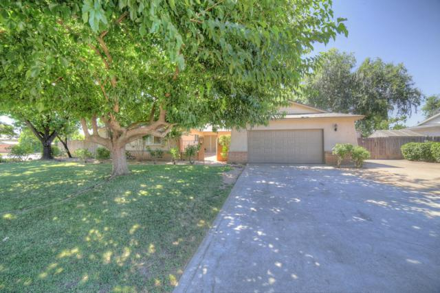 2017 W Sierra Avenue, Fresno, CA 93711 (#526794) :: Realty Concepts