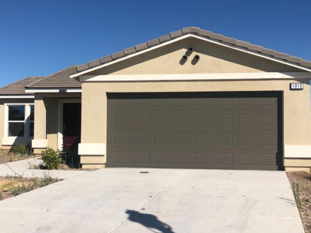 1010 Grace Avenue, Sanger, CA 93657 (#526802) :: Raymer Realty Group