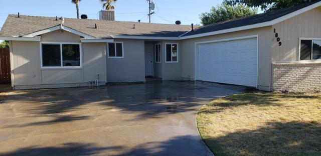 1809 3rd Street, Sanger, CA 93657 (#526821) :: Raymer Realty Group