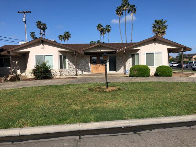 718 S Sunnyside Avenue, Fresno, CA 93727 (#526865) :: FresYes Realty