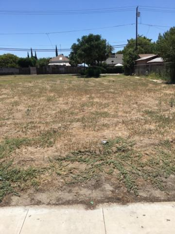 710 Fresno Street, Parlier, CA 93648 (#526974) :: Raymer Realty Group