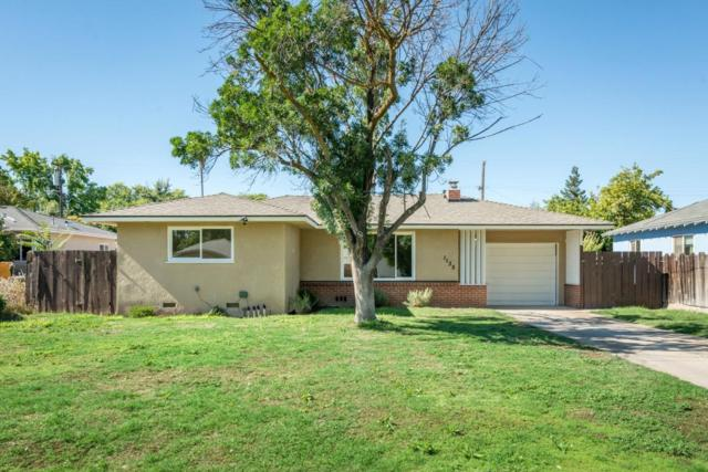 1135 E Hampton Way, Fresno, CA 93704 (#526986) :: FresYes Realty