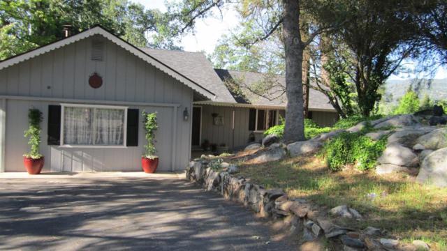 48937 Royal Oaks Drive, Oakhurst, CA 93644 (#527188) :: FresYes Realty