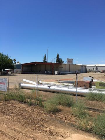 180 E Railroad, Orange Cove, CA 93646 (#527224) :: Raymer Realty Group
