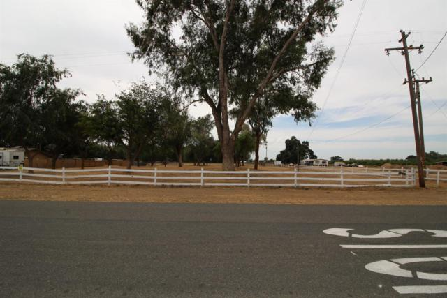 7640 20 1/2 Th Avenue, Lemoore, CA 93245 (#527264) :: Raymer Realty Group