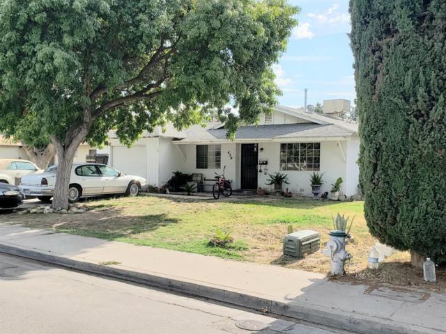 439 S 7th Street, Kerman, CA 93630 (#527340) :: Raymer Realty Group