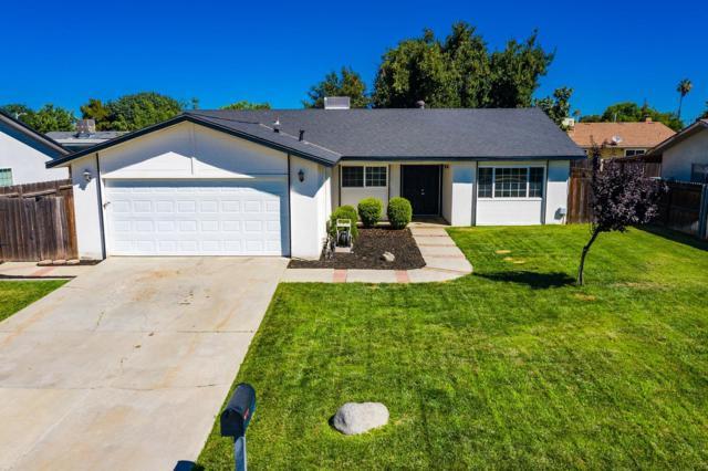 1020 Cedar Lane, Lemoore, CA 93245 (#527943) :: Raymer Realty Group