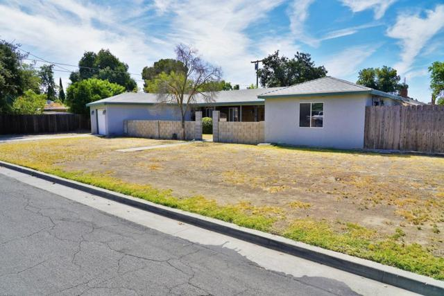 2050 Mulberry Drive, Hanford, CA 93230 (#528008) :: Raymer Realty Group