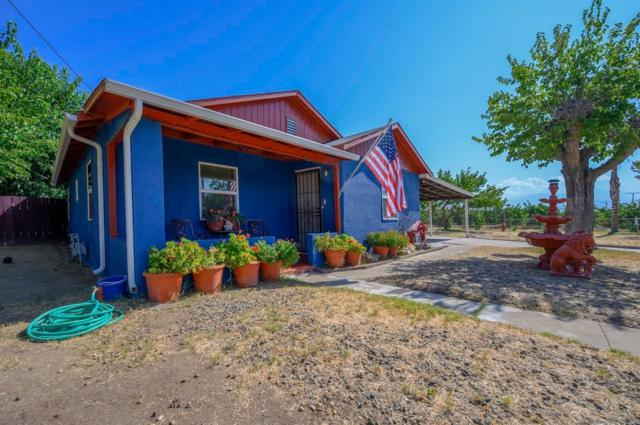 340 Riverside Drive, Woodlake, CA 93286 (#528335) :: Raymer Realty Group