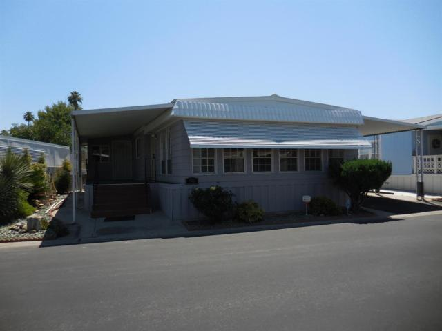 221 W Herndon Avenue #66, Pinedale, CA 93650 (#528385) :: Raymer Realty Group