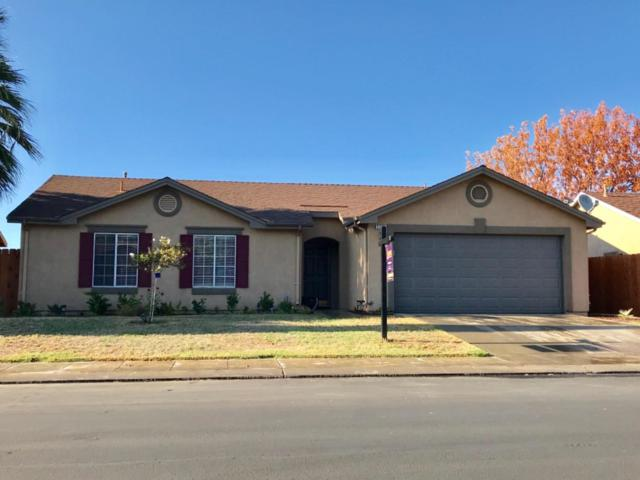 5279 E Blossom Lane, Fresno, CA 93725 (#528474) :: Raymer Realty Group