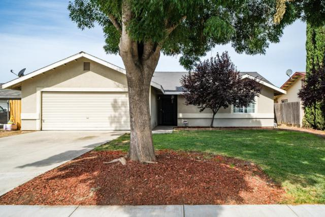 1098 Carmel Court, Hanford, CA 93230 (#528602) :: Raymer Realty Group