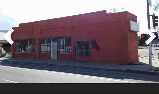 2970 E Ventura Street, Fresno, CA 93721 (#529127) :: Your Fresno Realtors | RE/MAX Gold