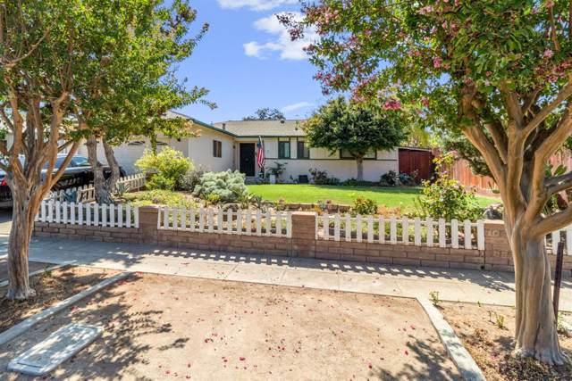 2426 E San Gabriel Avenue, Fresno, CA 93726 (#530367) :: FresYes Realty