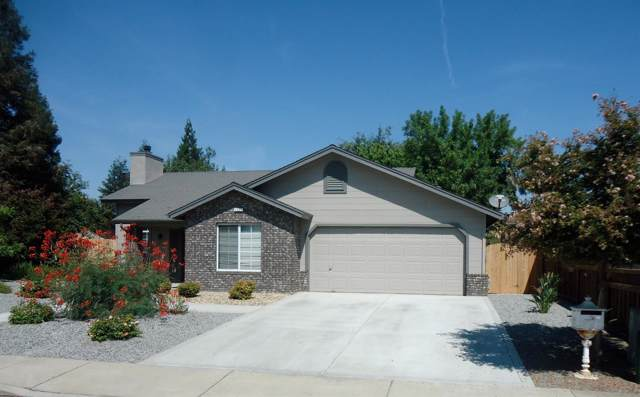 1331 Howard Street, Kingsburg, CA 93631 (#530483) :: FresYes Realty