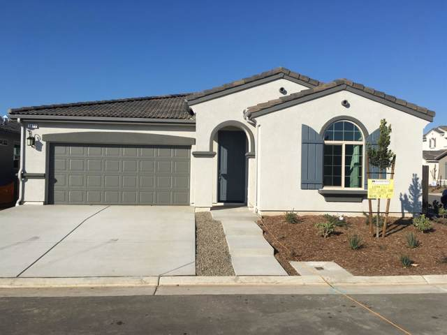 3877 Cael Lane, Clovis, CA 93619 (#530581) :: Dehlan Group