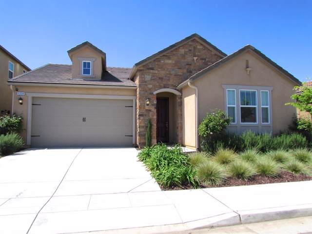 3324 Amanecer Avenue, Clovis, CA 93619 (#530658) :: Dehlan Group