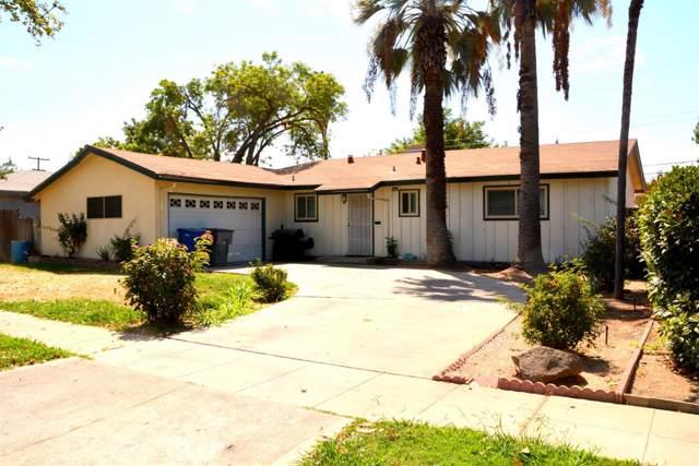2946 E Indianapolis Avenue, Fresno, CA 93726 (#530671) :: Dehlan Group