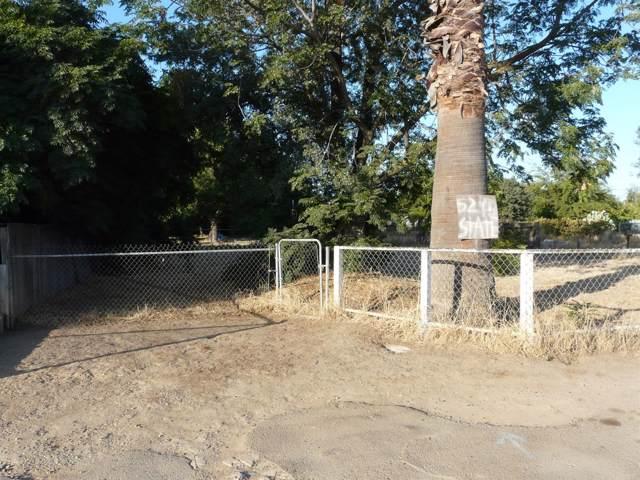 5245 N State Street, Fresno, CA 93722 (#530733) :: Dehlan Group