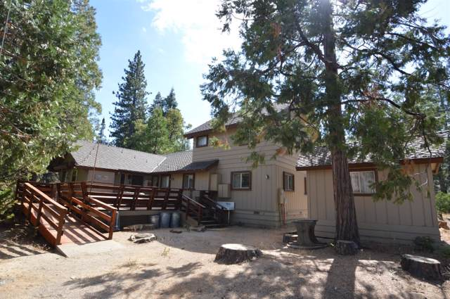 41941 Saddleback Road, Shaver Lake, CA 93664 (#530758) :: Dehlan Group