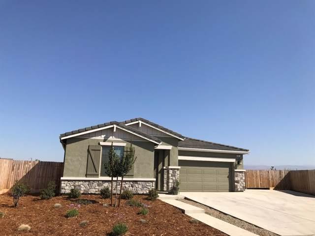 3841 Leigh Lane, Clovis, CA 93619 (#530844) :: FresYes Realty