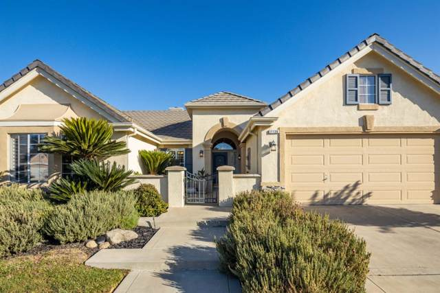 2136 W Rue St Michel, Fresno, CA 93711 (#531422) :: Raymer Realty Group
