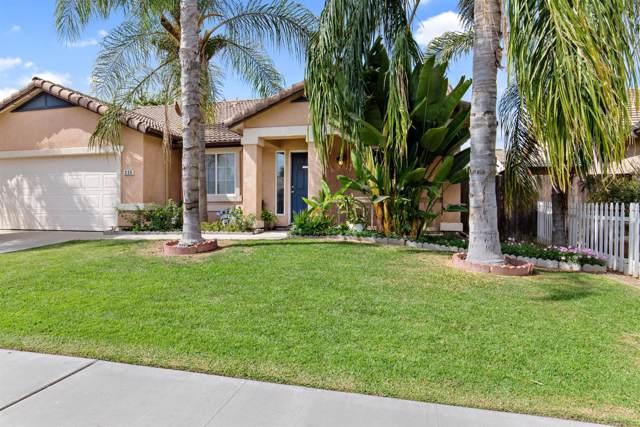 235 N Citrus Street, Visalia, CA 93292 (#531431) :: FresYes Realty