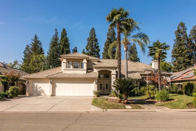 647 E Blue Ridge Road, Fresno, CA 93720 (#531808) :: FresYes Realty