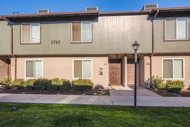 1745 N Winery Avenue #105, Fresno, CA 93703 (#531922) :: FresYes Realty