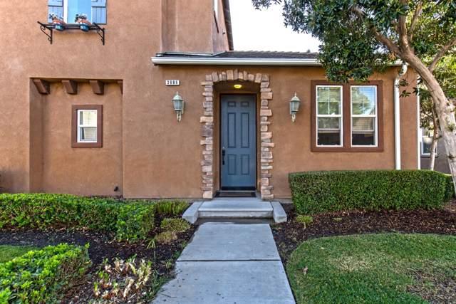 3886 Trenton Lane, Clovis, CA 93619 (#532032) :: FresYes Realty