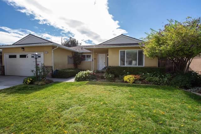 2575 W Acacia Ave, Fresno, CA 93705 (#532293) :: FresYes Realty