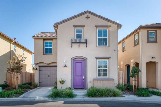 1563 Joy Drive, Clovis, CA 93619 (#532363) :: Raymer Realty Group