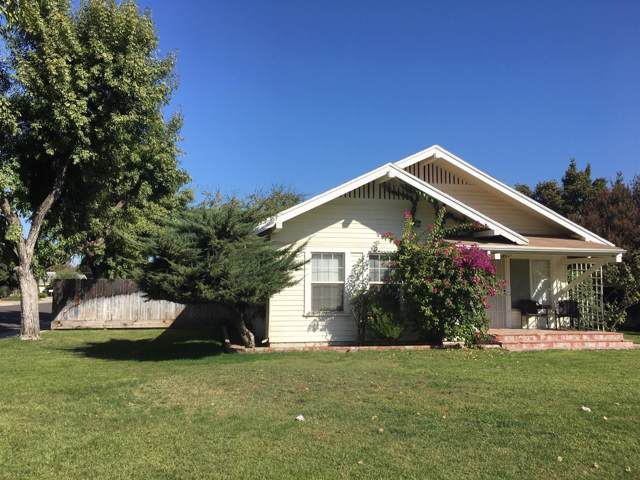 204 E Adams Avenue, Fowler, CA 93625 (#532431) :: Raymer Realty Group
