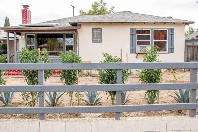 3944 N Arden Drive N, Fresno, CA 93703 (#532481) :: FresYes Realty