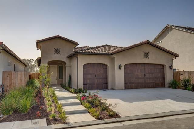 2912 Moody Avenue, Clovis, CA 93619 (#532806) :: Your Fresno Realtors | RE/MAX Gold