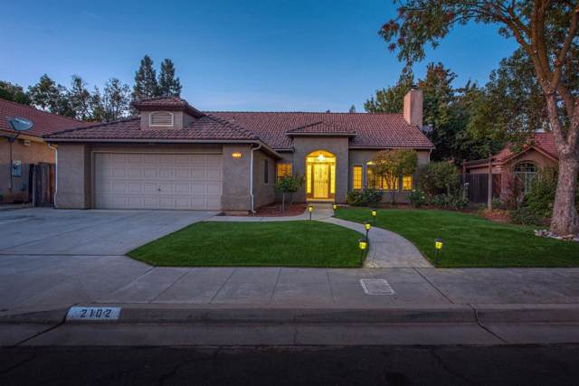 2102 E Ryan Avenue, Fresno, CA 93720 (#533226) :: Your Fresno Realtors | RE/MAX Gold